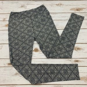 LuLaRoe Black And Cream Geometric Print Leggings